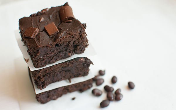 black_bean_brownies_600×375